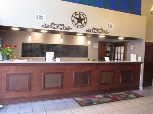 Executive Inn & Suites Wichita Falls - Front Desk