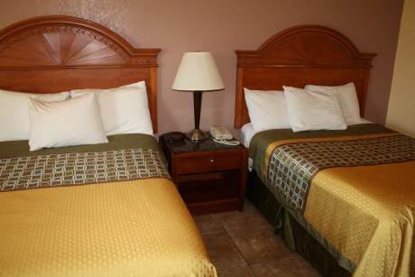 Executive Inn & Suites Wichita Falls - 2 queen bed room