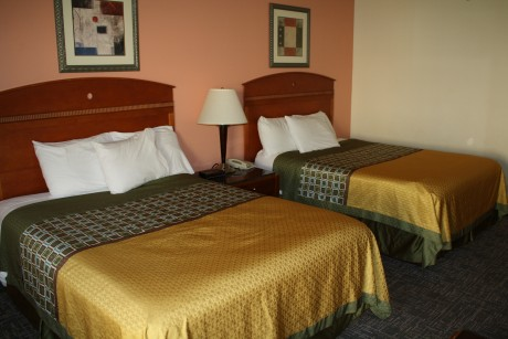 main page - 2 Queen beds